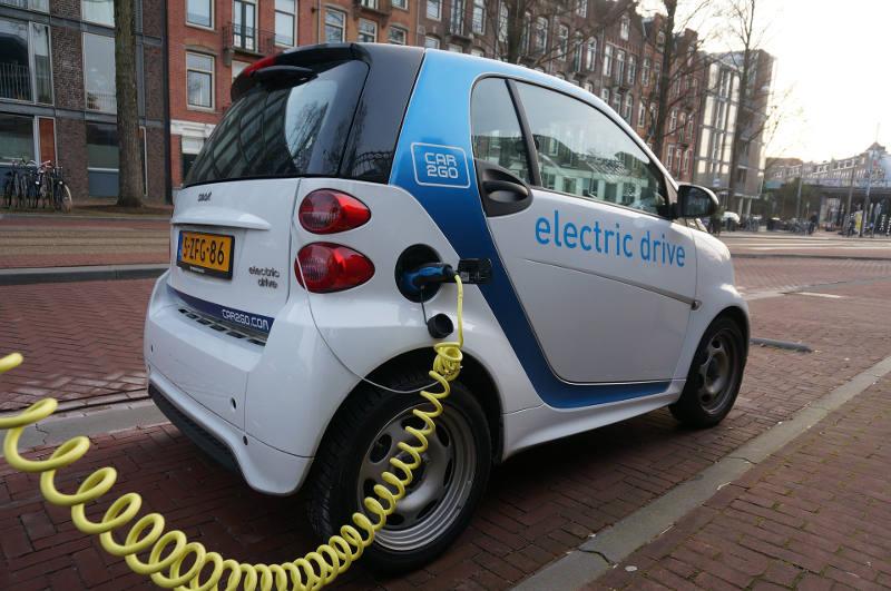 estaciones coche eléctrico
