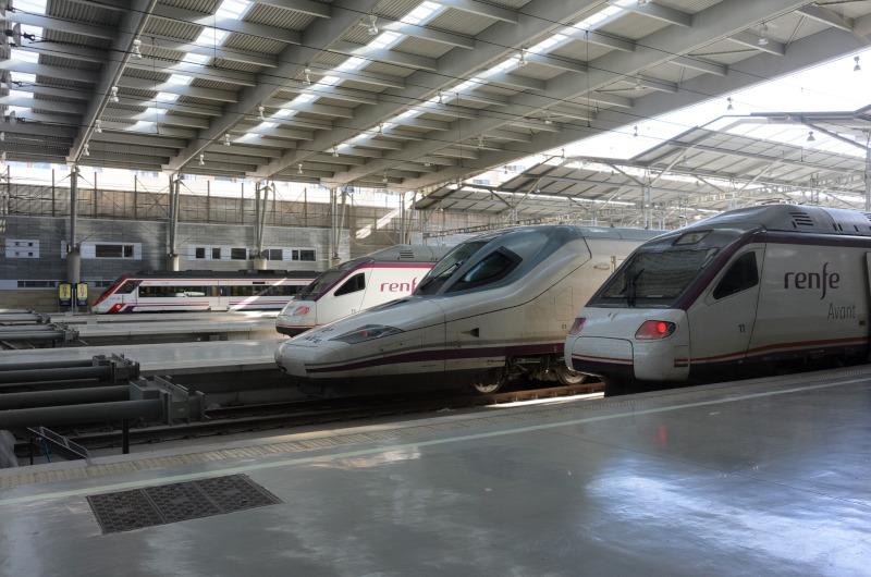 trenes AVLO